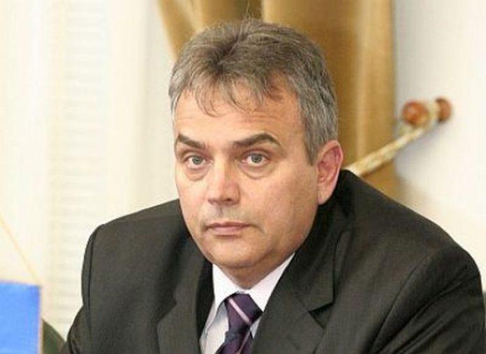 Eugen Ticau