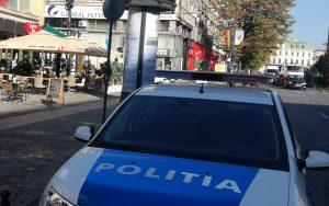 masina de Politie in fata la Mamma Mia