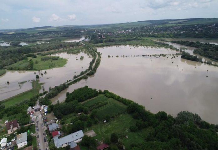inundatii pe Prut 2008
