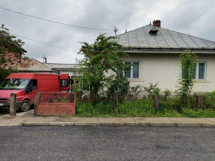 casa din Targu Frumos unde a avut loc incendiul